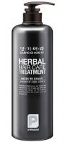 Профессиональный кондиционер на основе целебных трав Daeng Gi Meo Ri Herbal Hair Treatment