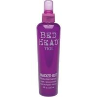 Tigi Maxxed-Out Cпрей для сильной фиксации и блеска волос